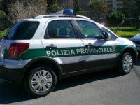 """Costone roccioso a rischio crollo: vietato il parcheggio dal """"Ciclope"""" fino alla galleria del Mingardo"""