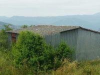 Romagnano: le guardie ambientali scoprono un casolare ricoperto di eternit