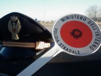 Colliano: Polizia Stradale ritrova in un parcheggio un camion rubato a Ravenna