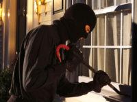 Teggiano: ladri in azione nel centro storico. Rubati soldi, gioielli e un'automobile