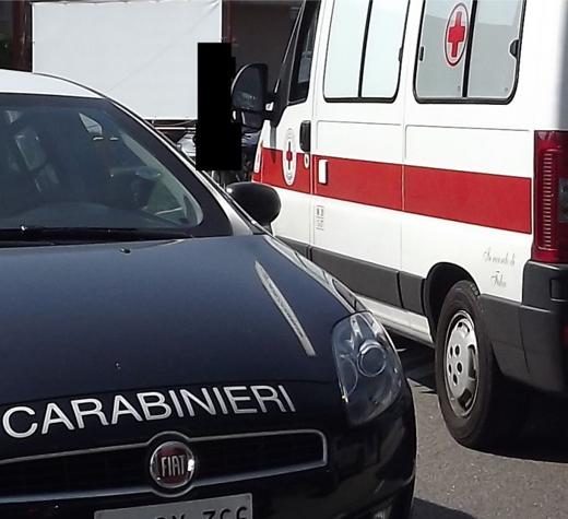 ambulanza-carabinieri-evidenza