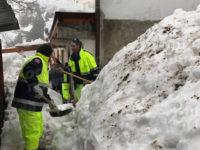 """Emergenza neve.I volontari della Protezione Civile """"Aquile Lucane"""" sui luoghi del sisma in Centro Italia"""