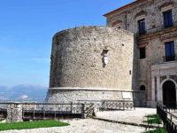 Curiosità storiche valdianesi. Quattro secoli con i Sanseverino