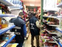 Guardia di Finanza sequestra 1.100 prodotti non sicuri in un negozio del Vallo di Diano