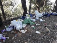 Sala Consilina: cumuli di rifiuti abbandonati nei pressi del santuario di San Michele