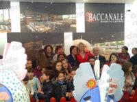 """Al Centro Commerciale Diano premiata la fantasia delle scuole del Vallo di Diano con """"PasquArte"""""""