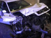 Auto si schianta nella notte a Sant'Arsenio. Il conducente si dà alla fuga