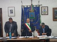 Sanza: Vittorio Esposito giura da Sindaco durante l'insediamento del Consiglio comunale