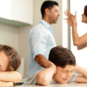 """""""Mamma, papà, ci siamo anche noi"""". Separazione coniugale, come gestirla quando ci sono i figli"""