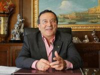 """""""Facevo il cuoco, ora gestisco hotel e ristoranti"""". La storia imprenditoriale di Santino Di Giore"""