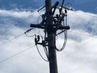 Traliccio dell'Enel emana scintille. Problemi alla rete elettrica a Sant'Angelo Le Fratte