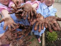 Montesano: bambini a scuola di agricoltura con il nuovo orto didattico. Nasce il progetto #naturalMensa