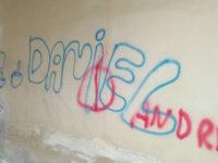 Minorenni imbrattano con scritte il centro storico di Eboli, individuati grazie alla videosorveglianza