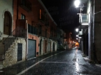 """Buccino:Corso Garibaldi chiuso al traffico.L'ira dei commercianti:""""Rischiamo di chiudere per fallimento"""""""