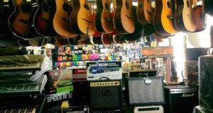 Tante idee regalo musicali per Natale da Centro Musica Store a Padula