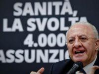 Sanità in Campania. De Luca annuncia nuovi posti letto, 4000 assunzioni e il riordino dell'emergenza
