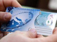 Roccadaspide: al via rilascio della carta d'identità elettronica.Il primo a farne richiesta è il Sindaco
