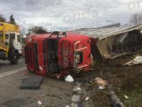 Tragico incidente in A2 a Contursi. Tir si ribalta, camionista perde la vita