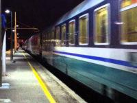 Incidente sui binari tra Battipaglia e Pontecagnano. Giovane di Bellizzi investito da un treno
