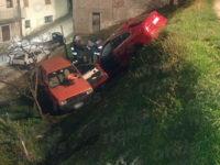 Tragico incidente a Caselle in Pittari. Anziano perde la vita investito da un'auto fuori controllo