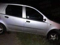 Teggiano: scontro tra un'auto e furgone. Feriti due ragazzi del posto
