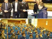 Sant'Arsenio: il Capitano dei Carabinieri Davide Acquaviva consegna la Costituzione agli studenti