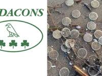 Migliaia di dischetti di plastica sulle spiagge laziali e di Capaccio. Il Codacons presenta un esposto