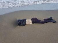 Donna senza vita ritrovata sulla spiaggia di Capaccio Paestum. L'autopsia esclude l'omicidio