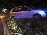 Auto sbanda e finisce fuori strada in A2 a Contursi, ferito un 68enne