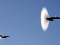 """Forte boato avvertito nel Vallo di Diano e nelle zone limitrofe.2 aerei superano la """"barriera del suono"""""""