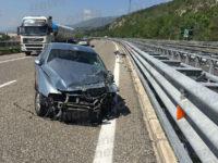 Incidente sull'A2 tra Sala Consilina ed Atena Lucana. Auto finisce contro il guardrail, ferita una donna