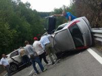 """Tragico incidente sulla """"Fondo Valle Noce"""" a Rivello. Perde la vita un uomo di Scalea, ferite 4 persone"""