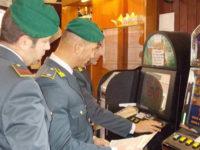 Slot machine illegali in un bar di Battipaglia. Sanzioni al titolare per oltre 100mila euro