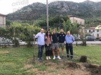 """San Pietro al Tanagro: a """"BimbinVilla"""" la piantumazione di un albero per i bambini nati nel 2017"""
