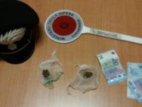 Scoperto con la marijuana mentre passeggia a Potenza. Denunciato 29enne nigeriano