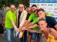 """Sport, amicizia e ricordo all'inaugurazione di """"Eboli Beach Volley"""" in Piazza della Repubblica"""