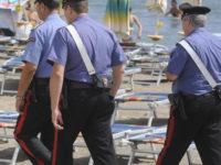 Golfo di Policastro. Sequestrata merce ai vu cumprà in spiaggia, sanzioni per 30mila euro