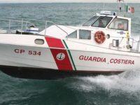 Barca a vela in avaria nelle acque di Agropoli. Nove ragazzi salvati dalla Guardia Costiera