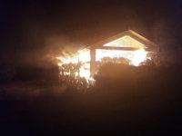 Fienili in fiamme a Padula e Sassano. I 2 roghi scoppiati a distanza di pochi minuti