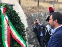 Matteo Salvini rende omaggio a Carmine Tripodi, il Carabiniere di Torre Orsaia ucciso dalla 'Ndrangheta