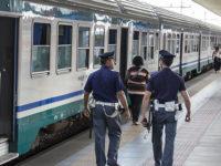 Sul treno senza biglietto, aggredisce due agenti della Polfer a Potenza. Arrestato nigeriano