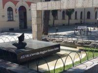 """""""Monumento a eroe di guerra recintato come le aiuole"""".Polemica a Eboli sull'opera al Maresciallo Giudice"""