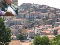 Sanza: il Comune nega l'apposizione di una targa commemorativa all'ex sindaco Bonomo.Scoppia la polemica
