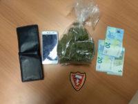 Nasconde 90 dosi di marijuana negli slip. Arrestato 33enne di Altavilla Silentina