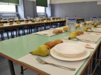 """Buccino: parte a scuola il progetto """"Mensa a rifiuti zero"""" per eliminare l'uso di stoviglie in plastica"""