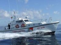 Marittimo si amputa un dito durante la pesca al largo tra Sapri e Maratea.Salvato dalla Guardia Costiera