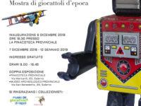 """Al via a Salerno la mostra di giocattoli d'epoca """"Un secolo nella calza"""". Partner la Banca Monte Pruno"""