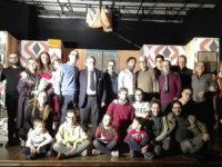"""Sul palco del Festival Teatrale Santarsenese la comicità della Compagnia """"Eduardo"""" di Sala Consilina"""