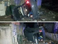 Sala Consilina: auto si capovolge finendo in un piazzale. Ferita una ragazza del posto
