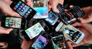 """""""I social network ci avvicinano o ci allontanano dalle persone?"""" – Vox Populi"""